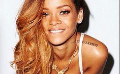 Love her eye makeup!