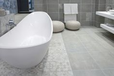 Soft Colors, Colours, Vintage Romance, Bathroom Inspiration, Bathrooms, Design Ideas, Interior Design, Toilets, Design Interiors