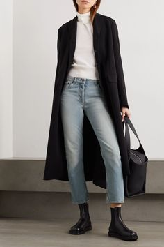 Outfit Jeans, Outfits Blue Jeans, Cropped Jeans Outfit, Jeans Outfit Winter, Mode Outfits, Winter Outfits, Light Jeans Outfit, Ashley Olsen, Light Denim