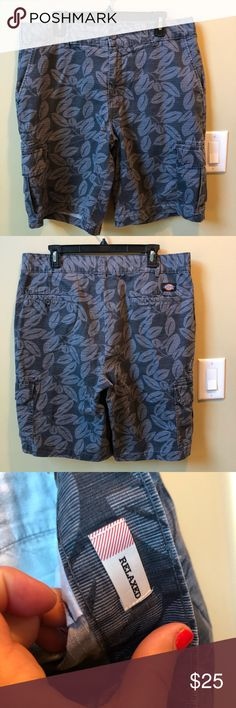 fc444a3814 Dickies cargo shorts Dickies cargo shorts relaxed fit size 36 EUC Dickies Shorts  Cargo