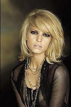 Résultats de recherche d'images pour « coiffure femme visage rond »