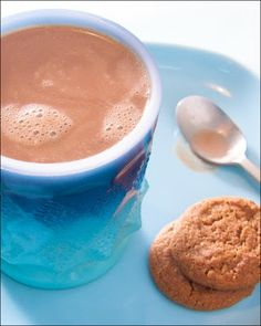 A Beach Home Companion | Food Photography, Recipes and Travels: Gingerbread Hot Cocoa with Friends