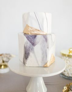 Our Favorite Wedding Cakes from 2016 | Pretty Marble Cake with Pops of Gold