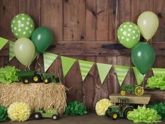 Mcdonalds Birthday Party, 4th Birthday Parties, 1st Birthdays, Birthday Ideas, Tractor Birthday Cakes, Farm Birthday, 1st Birthday Cake Smash, Baby Boy First Birthday, Farm Themed Party