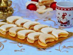 Az otthon ízei: Habos holdacska Waffles, Pancakes, Sweet Cakes, Tacos, Mexican, Sweets, Cookies, Breakfast, Ethnic Recipes