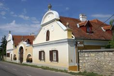 Gombás kúria _Balatonfüred Heart Of Europe, Traditional House, Countryside, Farmhouse, Mansions, House Styles, City, Building, Travel