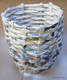 DIY Tutorial to create a paper woven basket from newspapers. A great recycling…