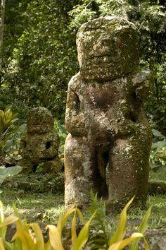 ✮ Largest Tiki in French Polynesia, on Hiva Oa Island
