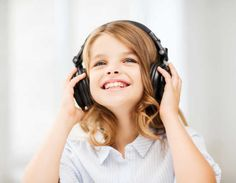 Stilul auditiv (muzical-ritmic) este un mod de percepție și învățare și descrie preferința persoanei. a copilului pentru informația care este auzită sau rostită. Studenții (elevii) și adulții care …