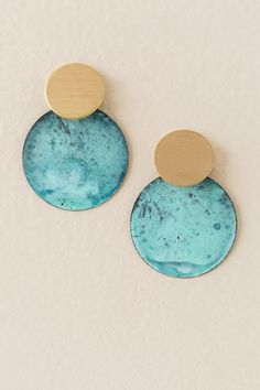 The Camille Circle Drop Earring features overlapping gold and turquoise circles. Jewelry Accessories, Jewelry Design, Fashion Jewelry, Women Jewelry, Buy Earrings, Expensive Jewelry, Turquoise Earrings, Clay Jewelry, Jewellery