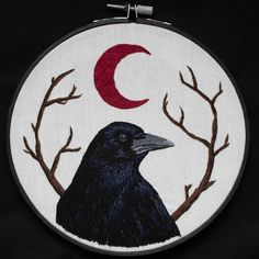 Crow Embroidery Art ♡ hand embroidered on off-white fabric ♡ 7 black hoop ♡ felt backing and ready to hang Diy Embroidery Patterns, Flower Embroidery Designs, Embroidery Patches, Embroidery Hoop Art, Cross Stitch Embroidery, Sewing Circles, Fabric Art, So Little Time, Needlework