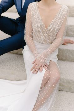 Guild Inn Estate is the Perfect Backdrop for This Modern Black and White Inspo Sexy Wedding Dresses, Bridal Dresses, Wedding Gowns, Modern Wedding Inspiration, Star Wedding, Wedding Blog, Wedding Decor, Luxury Wedding, Marie