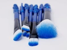 Harry Potter Inspired Makeup Brushes - Bright Blue