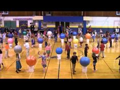 We Are Family Drums Alive Kindergarten Routine Drums For Kids, Music For Kids, Yoga For Kids, Movement Activities, Music Activities, Drum Lessons, Music Lessons, Physical Education Games, Music Education