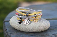 """Bracelet liberty et cordon soie 2 tours _ jaune pastel gris argenté _ breloque coeur swarovski et """" love """" : Bracelet par lillicrapote"""