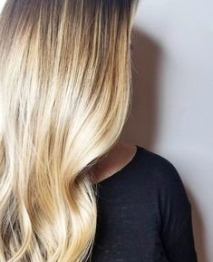 Bleach And Tone, Hair Color Highlights, Shades, Long Hair Styles, Instagram, Hot, Beauty, Hair Color Streaks, Cosmetology