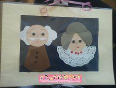 Boberkowy World : Babeczkowe kwiatki i zaproszenie z serca- prezenty dla babci i dziadka