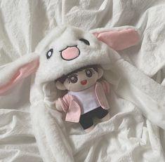 Pop Dolls, Cute Dolls, Baby Dolls, Aesthetic Images, Kpop Aesthetic, V Chibi, Kawaii Plush, Kpop Merch, Plush Dolls