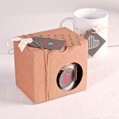 Drink first, think later! Give a coffee mug as a present! // Discover more: http://selfpackaging.com/en/root/home/boxes-2243-box-for-mugs-709.html?size=1 #coffeemugs #mugs #packaging #diy