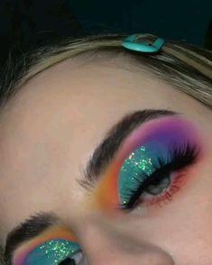makeup me loveliexk for more fabulous pins! Make Up Looks, Christmas Makeup Look, Rave Makeup, Colorful Eye Makeup, Exotic Makeup, Rainbow Makeup, Beauty Make-up, Creative Makeup Looks, Unique Makeup