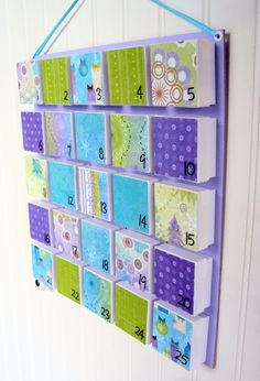 advent calendar... using little white jewelry gift boxes - DIY with different wrapping