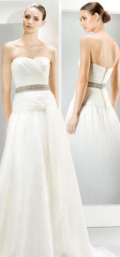 Agacri Couture mostra nova coleção na Exponoivos One Shoulder Wedding Dress, Couture, Wedding Dresses, Fashion, How To Dress Cool, Weddings, Outfits, Bride Dresses, Moda