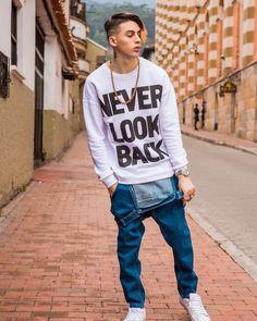 Pretty Boys, Cute Boys, My Boys, Never Look Back, Latin Music, Bib Overalls, Urban Fashion, Sexy Men, Celebrity Style