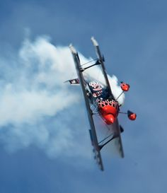 Pitts S1. Amazing Pitts. One day we will ride it.
