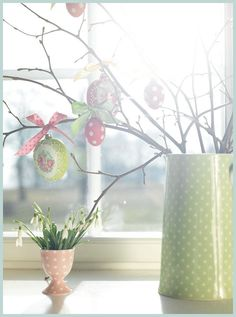 4 Simple Ideas for Spring and Easter Decorating!