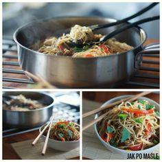 smażony makaron po chiński z warzywami