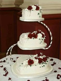 3 Tier Heart Shaped Wedding Cake Roses Cascading Down