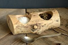 Eco-friendly spalted Sycamore hardwood salt & pepper pinch