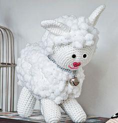 Apostila Amigurumi Bichinhos de Croche com Graficos e Receita passo a passo - Como Fazer Crochet Gratis, Crochet Toys, Crochet Baby, Crafts To Make, Arts And Crafts, Crochet Shark, Baby Sheep, Denim Crafts, Crochet Animals