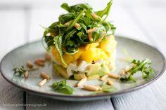 Avocado-Mango-Mozzarella-Salat Rezept Feed me up before you go-go