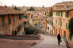 Meet me in Europe Perugia Italy, Invisible Cities, Travel Bugs, Rome Italy, Places To Go, Travel Destinations, Wanderlust, Street View, Europe