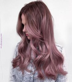 17 Shockingly Pretty Lilac Hair Color Ideas in 2019 - Style My Hairs Lavender Hair, Lilac Hair, Hair Color Purple, Hair Color And Cut, Purple Ombre, Dusty Pink Hair, Pastel Purple, Ombré Hair, Dye My Hair