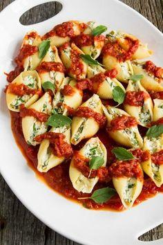 Gimme Some Oven | 15 Easy Vegan Dinner Recipes | www.gimmesomeoven...