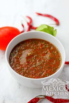 How to make Chile de Arbol Salsa Recipe │Mexican Food Recipes Hot Sauce Recipes, New Recipes, Cooking Recipes, Healthy Cooking, Healthy Eats, Vegetarian Recipes, Favorite Recipes, Hot Salsa, Gastronomia