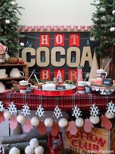 hot chocolate bar DIY Christmas Hot Cocoa Bar Cozy Hot Cocoa Bar with using materials. Hot Chocolate Party, Cocoa Party, Christmas Hot Chocolate, Office Christmas, Cozy Christmas, Christmas Morning, Christmas Time, Hallmark Christmas, Christmas Birthday