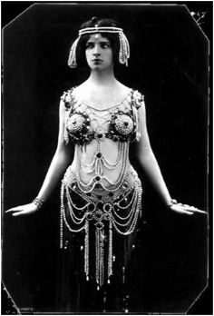 "Maud Allen (Canada 18.3 - USA 1956), known as ""the Salome dancer"". Performed early 1900s. Maud Allen, American dancing girl, was sued for being too lewd, outed as a lesbian, fled London after being branded a German spy who was sleeping with the prime minister's wife."