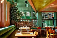 Completed in 2016 in Amsterdam, The Netherlands. Images by Maarten Willemstein. A tropical addition to the restaurant scene in Amsterdam East, Bar Botanique, designed by Studio Modijefsky, brings a fresh and green interior to the. Amsterdam Bar, Amsterdam Netherlands, Bar Deco, Architecture Restaurant, Modern Restaurant Design, Architecture Design, Estilo Tropical, Bar Design, Design Color