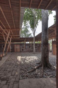 Centro de Formação Cassia Co-op / TYIN Tegnestue Architetos