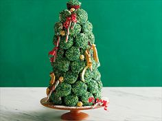 Cupcake Christmas Tree from FoodNetwork.com