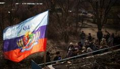 Террористы «ЛНР» заблокировали выезд в Украину 45 женщин и детей, приговорив их к голодной смерти |«Я не знаю, почему они (главари «ЛНР» — Ред.) решили не выпускать тех, кому нечего есть, которые просто бежали от войны. Они не выказывали никаких политических взглядов, я даже не знаю, каких взглядов они придерживаются. Денег на выезд — это 600 гривен — у них нет», — добавила Ивлева.