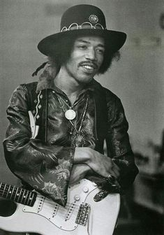 """The legendary Jimi Hendrix would be 77 today. Your music lives on. Jimi Hendrix Experience, Jimi Hendrix Live, Easy Guitar, Guitar Tips, Pop Rock, Rock And Roll, Music Icon, My Music, Music Wall"