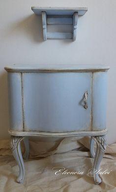 chippendale in stile shabby chic, azzurro polvere sfumato con effetto ...