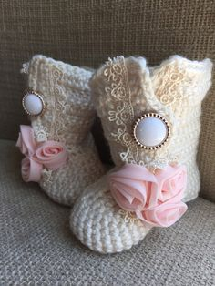 Baby Girl Boots Crochet Baby Boots Baby Girl by MyThreeSweetCheeks
