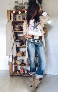 Bohemian Vibes 👠 Stylish outfit ideas for women who love fashion! Jean Outfits, Boho Outfits, Stylish Outfits, Fall Outfits, Fashion Outfits, Womens Fashion, Cute Casual Outfits, Fashion Tips, Outfit Jeans