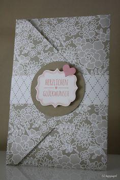 Karte zur Hochzeit zum Aufklappen, angefertigt mit dem Envelope Punch Board von Stampin Up, mit dem Designerpapier Something Borrowed und dem Stempelset Summer Silhouettes