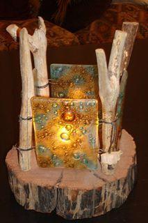 fanal de madera y vidrio reciclado.Tecnica vitrofusion.
